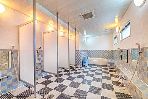 교리츠 나카카사이 샤워실